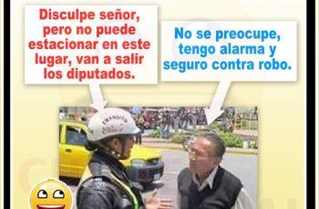 Chistes de policías - No puede estacionar en este lugar